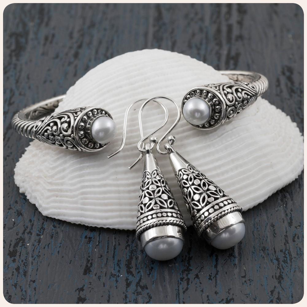 Комплект сребърни обеци и гривна с нежна перла