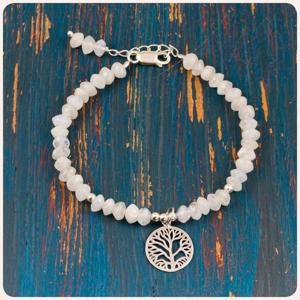 """Гривна със сребърен елемент """"Дървото на живота"""" и лунен камък"""