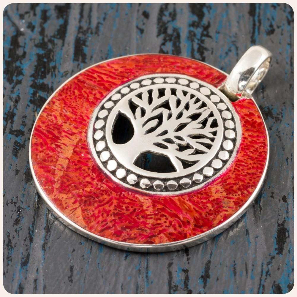 """Сребърен медальон """"Дървото на живота"""" с корал"""