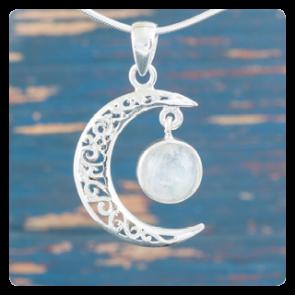 "Сребърен медальон ""Луна"" с лунен камък"