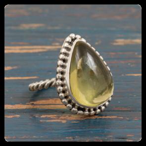 Сребърен пръстен с лимонов кварц
