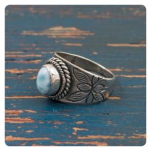 Сребърен пръстен с ларимар