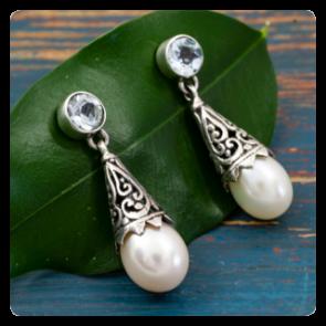 Сребърни обеци с перла и топаз