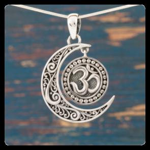 "Сребърен медальон ""Луна"" със символ ОМ"