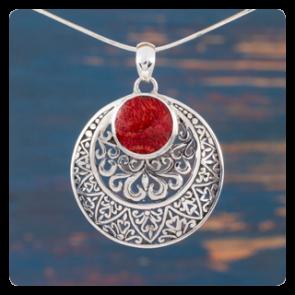 Сребърен медальон със корал