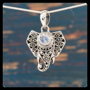 """Сребърен медальон """"Слонче"""" с лунен камък"""