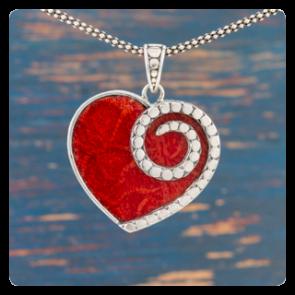 """Сребърен медальон """"Сърце"""" с корал"""
