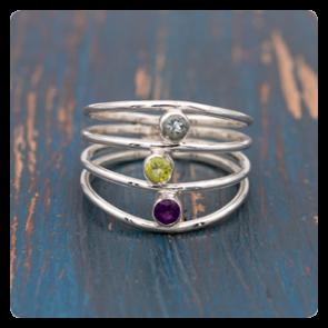 Сребърен пръстен с топаз, перидот и аметист
