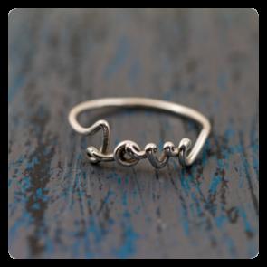 """Сребърен пръстен """"Love"""""""