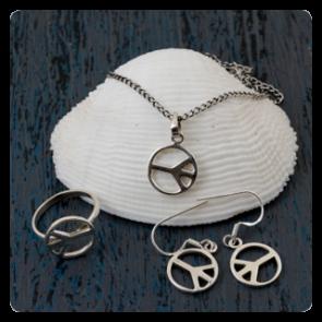 Сребърен хипи комплект ''Рeace''- колие, пръстен и обеци