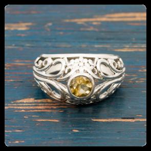 Сребърен пръстен с цитрин
