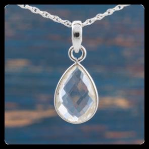 Мини сребърен медальон с планински кристал