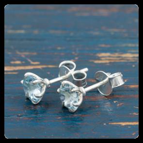 Мини сребърни обеци с топаз