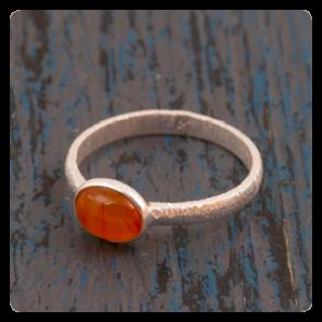 Сребърен пръстен с карнеол